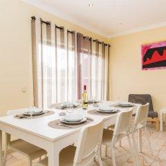 Отель Akisol Vilamoura Emerald II Португалия, Виламура - отзывы, цены и фото номеров - забронировать отель Akisol Vilamoura Emerald II онлайн питание фото 2