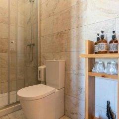 Отель Out of the Blue Португалия, Понта-Делгада - отзывы, цены и фото номеров - забронировать отель Out of the Blue онлайн ванная фото 2