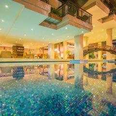Отель Baan Laimai Beach Resort бассейн фото 3