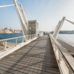 Отель Seafront LUX APT IN Fort Cambridge Мальта, Слима - отзывы, цены и фото номеров - забронировать отель Seafront LUX APT IN Fort Cambridge онлайн приотельная территория