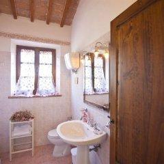 Отель Poggioluglio La Capanna Италия, Сан-Джиминьяно - отзывы, цены и фото номеров - забронировать отель Poggioluglio La Capanna онлайн ванная