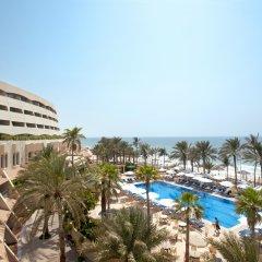 Отель Occidental Sharjah Grand ОАЭ, Шарджа - 8 отзывов об отеле, цены и фото номеров - забронировать отель Occidental Sharjah Grand онлайн пляж