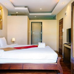 Отель Yotaka Boutique Бангкок сейф в номере