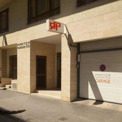 Отель Prater Residence парковка