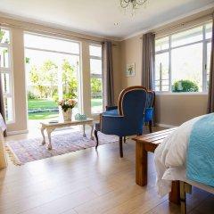 Отель Cherry Berry Lodge комната для гостей