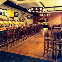 Отель The Bedford Regency Hotel Канада, Виктория - отзывы, цены и фото номеров - забронировать отель The Bedford Regency Hotel онлайн гостиничный бар