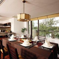 Отель Movenpick Resort Bangtao Beach Пхукет в номере