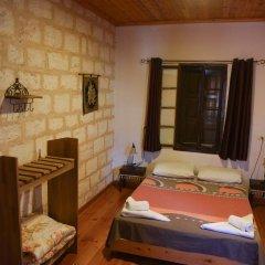 Fauzi Azar by Abraham Hostels Израиль, Назарет - отзывы, цены и фото номеров - забронировать отель Fauzi Azar by Abraham Hostels онлайн комната для гостей фото 3