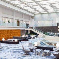 Washington Court Hotel бассейн