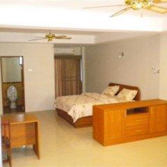 Апартаменты Blue Moose Apartments Паттайя комната для гостей