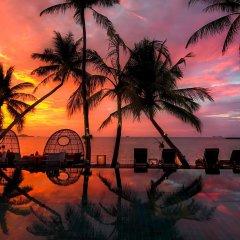 Отель Tango Luxe Beach Villa Samui Таиланд, Самуи - 1 отзыв об отеле, цены и фото номеров - забронировать отель Tango Luxe Beach Villa Samui онлайн бассейн