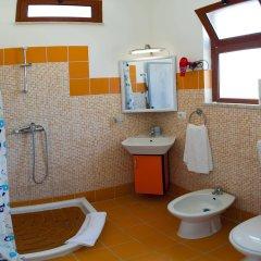Отель Holiday Sun Lodge Appartamento Vacanze Джардини Наксос ванная