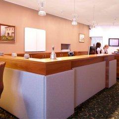 Отель Altstadthotel Weisse Taube Австрия, Зальцбург - отзывы, цены и фото номеров - забронировать отель Altstadthotel Weisse Taube онлайн интерьер отеля