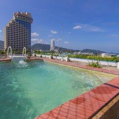 Отель Bel Aire Patong бассейн