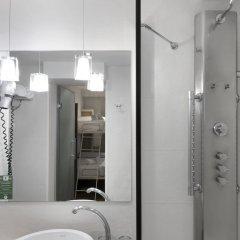 Отель Petit Palace Posada Del Peine ванная фото 2
