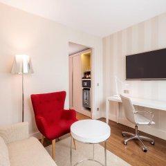 Отель NH Collection Frankfurt City 4* Стандартный номер с различными типами кроватей фото 8