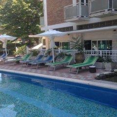 Отель Miami Hotel Италия, Риччоне - отзывы, цены и фото номеров - забронировать отель Miami Hotel онлайн бассейн фото 3