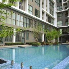 Отель Ideo Mobi Rama 9 By Private Stay Бангкок бассейн