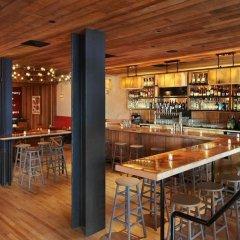 Отель Pod 51 США, Нью-Йорк - 9 отзывов об отеле, цены и фото номеров - забронировать отель Pod 51 онлайн гостиничный бар
