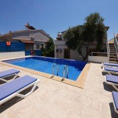Отель Villa Sea Bella бассейн