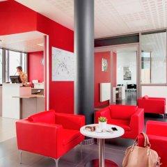 Отель Aparthotel Adagio access Paris Clichy интерьер отеля фото 3