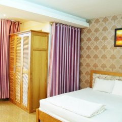 Light Hotel Ханой комната для гостей