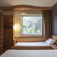 Отель Ibis Cornella комната для гостей