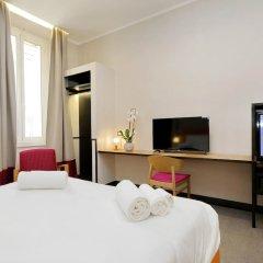 Отель Relais Vittoria Colonna сейф в номере