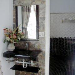 Отель Cosy House Homestay Хойан ванная
