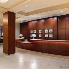 Отель Hilton Washington DC/Rockville Hotel & Executive Meeting Center США, Роквилль - отзывы, цены и фото номеров - забронировать отель Hilton Washington DC/Rockville Hotel & Executive Meeting Center онлайн интерьер отеля