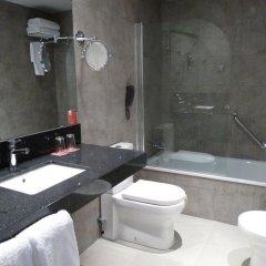 Отель Ciudad De Ponferrada Понферрада ванная фото 2