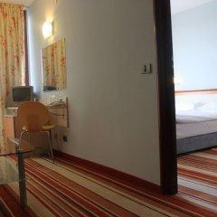 Отель Koral Болгария, Св. Константин и Елена - 1 отзыв об отеле, цены и фото номеров - забронировать отель Koral онлайн удобства в номере фото 2