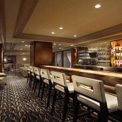 Отель Hilton Checkers гостиничный бар