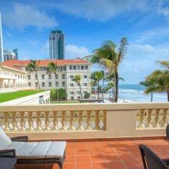 Отель Galle Face Hotel Шри-Ланка, Коломбо - отзывы, цены и фото номеров - забронировать отель Galle Face Hotel онлайн балкон