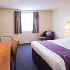 Отель Premier Inn Manchester - Cheadle комната для гостей фото 4