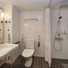 Отель Scandic Jyväskylä City Финляндия, Ювяскюля - отзывы, цены и фото номеров - забронировать отель Scandic Jyväskylä City онлайн ванная