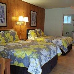 Отель Coast Inn and Spa Fort Bragg сейф в номере