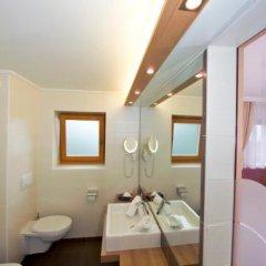 Отель Restaurant Oberwirt Италия, Лана - отзывы, цены и фото номеров - забронировать отель Restaurant Oberwirt онлайн ванная фото 2