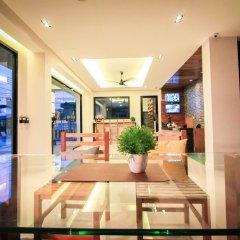 Отель Vipa House Phuket интерьер отеля