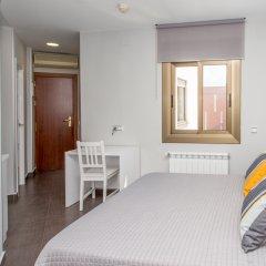 Отель Hostal Sans Испания, Барселона - отзывы, цены и фото номеров - забронировать отель Hostal Sans онлайн комната для гостей фото 4