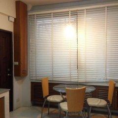 Отель Pt Court Бангкок в номере фото 2