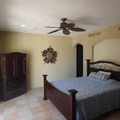 Отель Casa Corita сейф в номере