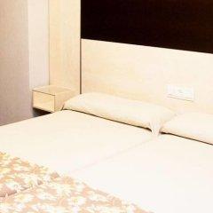 Отель Universal комната для гостей фото 4