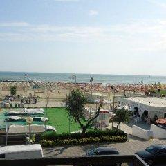 Отель L&V Италия, Римини - отзывы, цены и фото номеров - забронировать отель L&V онлайн пляж
