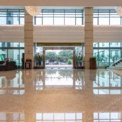 Huashi Hotel бассейн