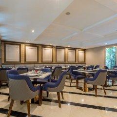 Отель Glow Sukhumvit 5 By Centropolis Бангкок помещение для мероприятий