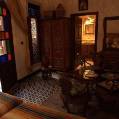 Отель Riad dar Chrifa Марокко, Фес - отзывы, цены и фото номеров - забронировать отель Riad dar Chrifa онлайн комната для гостей фото 4
