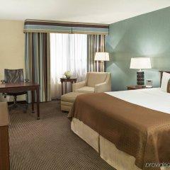 Отель Holiday Inn Toronto - Yorkdale Канада, Торонто - отзывы, цены и фото номеров - забронировать отель Holiday Inn Toronto - Yorkdale онлайн комната для гостей фото 2