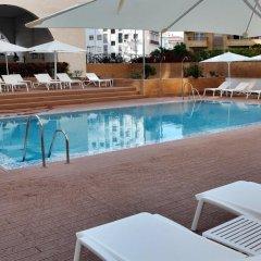 Отель Ayre Hotel Sevilla Испания, Севилья - 2 отзыва об отеле, цены и фото номеров - забронировать отель Ayre Hotel Sevilla онлайн бассейн фото 2