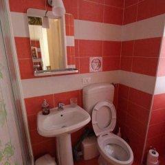 Отель Da Alessia Per Dormire Al Coppedé ванная фото 2